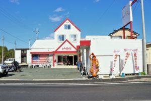 琵琶湖の畔にある西海岸スタイルカフェ