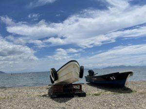 琵琶湖とボート